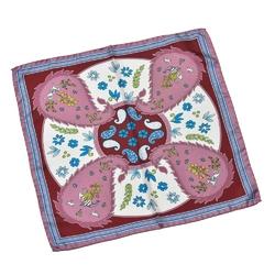 Różowa jedwabna poszetka we wzór