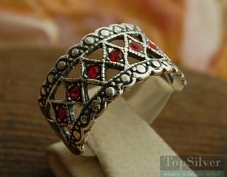 Gata - srebrny pierścionek z rubinami