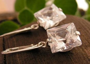 MARIA - srebrne kolczyki z kryształem