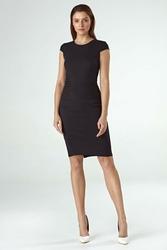 Czarna dopasowana sukienka midi z półrękawkiem