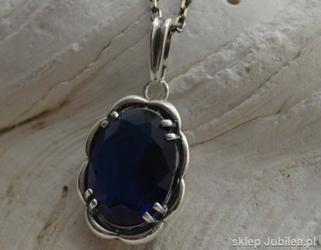 Busan - srebrny wisior z szafirem