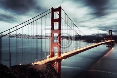 Fototapeta ciemny most