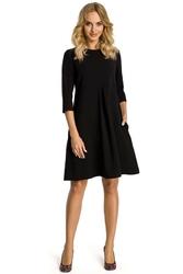 Czarna sukienka rozkloszowana z kontrafałdą z przodu