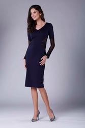 Granatowa elegancka ołówkowa sukienka z prześwitującymi detalami