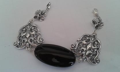 Tajemnica - srebrna bransoleta z onyksem
