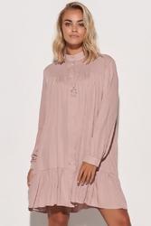 Luźna koszulowa sukienka z falbanką - różowa