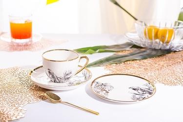 Filiżanka do kawy i herbaty porcelanowa ze spodkiem i talerzykiem deserowym altom design paradise tropical