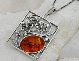 Norma - srebrny wisior z bursztynem