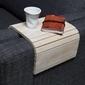 Woood :: dębowa podstawka flexible na podłokietnik sofy - wybielona