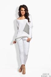 Biały Sweter Oversize z Dużą Kieszenią