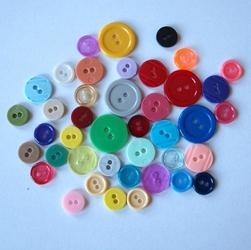 Kolorowe guziki 3 wielkości40 szt - mix I - MIXI