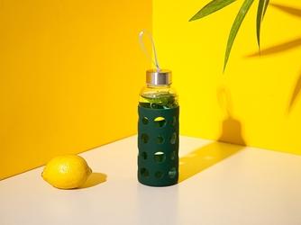 Bidon  butelka na wodę szklana w silikonowej osłonie altom design 425 ml zielona
