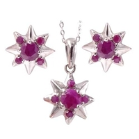 Sandra ; komplet srebrnej biżuterii z rubinami, gwiazdki 3 ct.