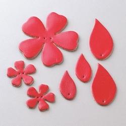 Zestaw skórzanych kwiatków i liści - czerwony - CZE