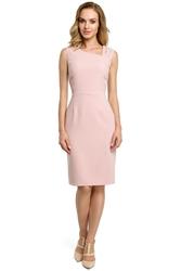 Krótka elegancka sukienka ołówkowa z asymetrycznym dekoltem różowa m397