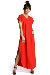 Czerwona wyjściowa długa sukienka z rozcięciami na bokach