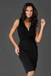 Czarna sukienka przed kolano z założeniem kopertowym