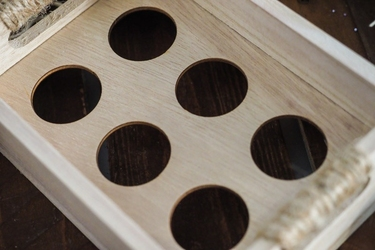 Drewniana tacka na 6 jajek mix kolorów