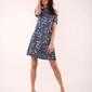 Niebieska rozkloszowana sukienka wiązana na karku