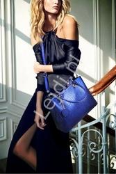Niebieska torebka damska z ażurowym serduszkiem w komplecie z kopertówką i saszetką