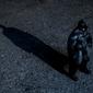 Batman przyszłości - cień - plakat wymiar do wyboru: 59,4x42 cm