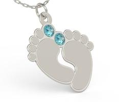 Naszyjnik z łańcuszkiem w kształcie stóp ze srebra z cyrkoniami swarovski blue - grawer gratis - kryształy swarovski blue || kryształy swarovski
