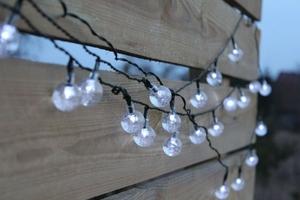 Lampki solarne 30 led joylight zimne białe w kształcie kulek