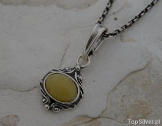 Cambara - srebrny wisiorek z bursztynem