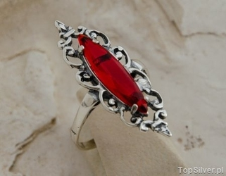 Sanvera - srebrny pierścionek z rubinami