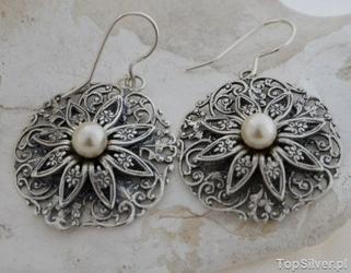Calla - srebrne kolczyki z perłami