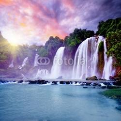 Obraz na płótnie canvas trzyczęściowy tryptyk banyue wodospad