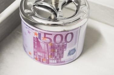 Popielniczka metalowa z przyciekiem euro