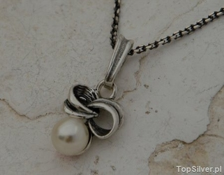 Silves - srebrny wisiorek z perłą