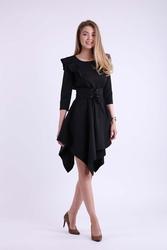 Czarna asymetryczna sukienka wizytowa ze sznurowanym paskiem