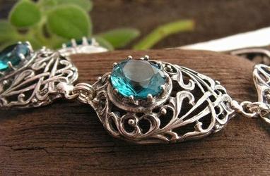 Side - srebrna bransoletka z akwamarynem