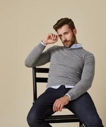 Pullover v-neck jasno szary s