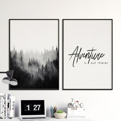 Zestaw dwóch plakatów - adventure is out there , wymiary - 40cm x 50cm 2 sztuki, kolor ramki - biały