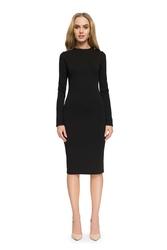 Czarna elegancka dopasowana sukienka za kolano