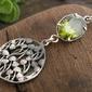 Ostunia - srebrny wisiorek z oliwinem
