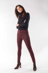 Bordowe komfortowe wzorzyste spodnie