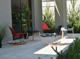 Krzesło bujane na taras tunis swing czerwone