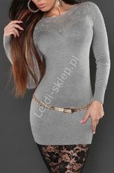 Dzianinowa sukienka z koronką w kolorze szarym - haft na tiulu, 809