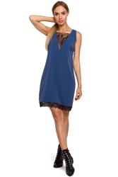 Luźna sukienka wieczorowa, dekolt z przodu i z tyłu ozdobiony koronką niebieska m488