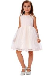 Koronkowa jasnoróżowa sukienka z tiulem, podszyta tiulowymi podszewkami