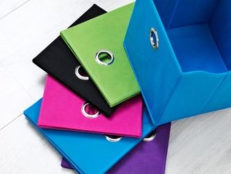 Kolorowe pudło do mebli