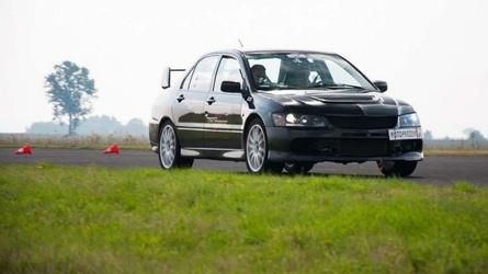 Jazda mitsubishi evo - kierowca - wrocław - 12 okrążeń