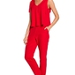 Czerwony elegancki kombinezon z kokardkami na ramionach