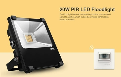 Naświetlacz  halogen led milight -  wi-fi 20w pir - futp04