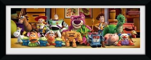 Toy story 3 cast - obraz w ramie