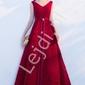 Sukienka wieczorowa z ażurowymi wzorami, ciemne wino - celebrity dress